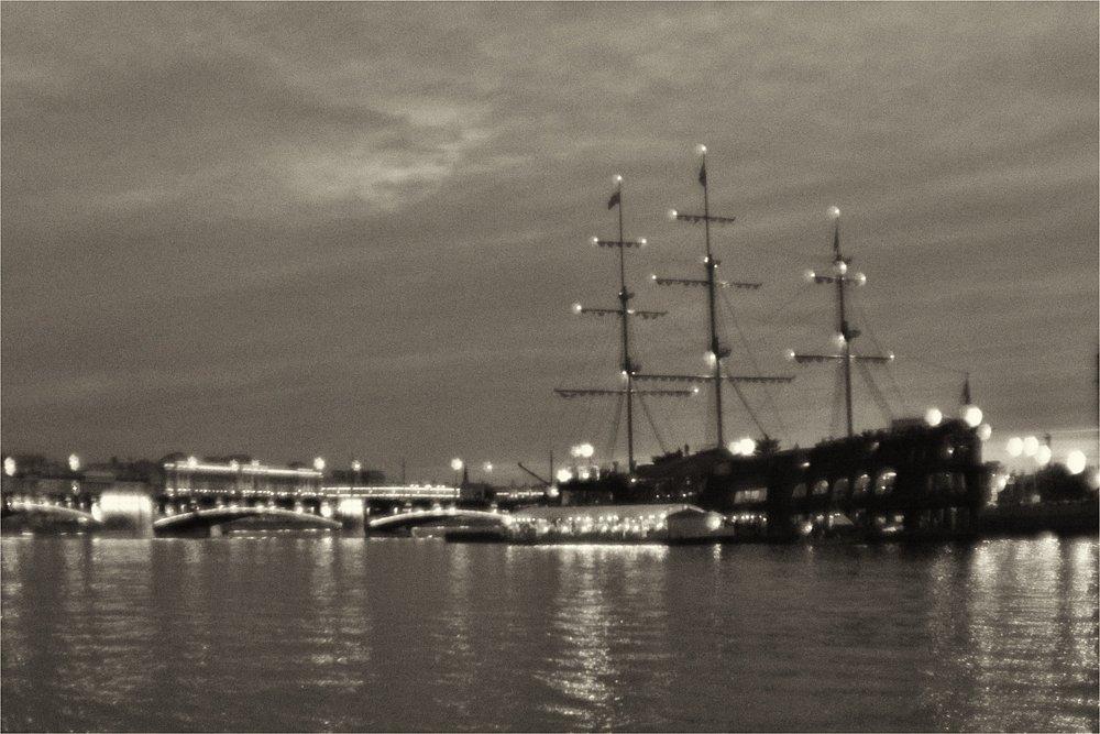 monoclemania-Memorias-of-Scarlet-sails-1.jpg